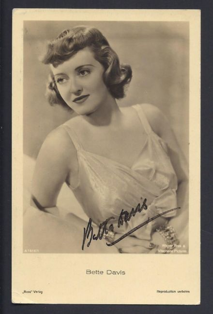 Bette Davis Signed Autograph Photographic Postcard Hollywood Silverscreen Actor